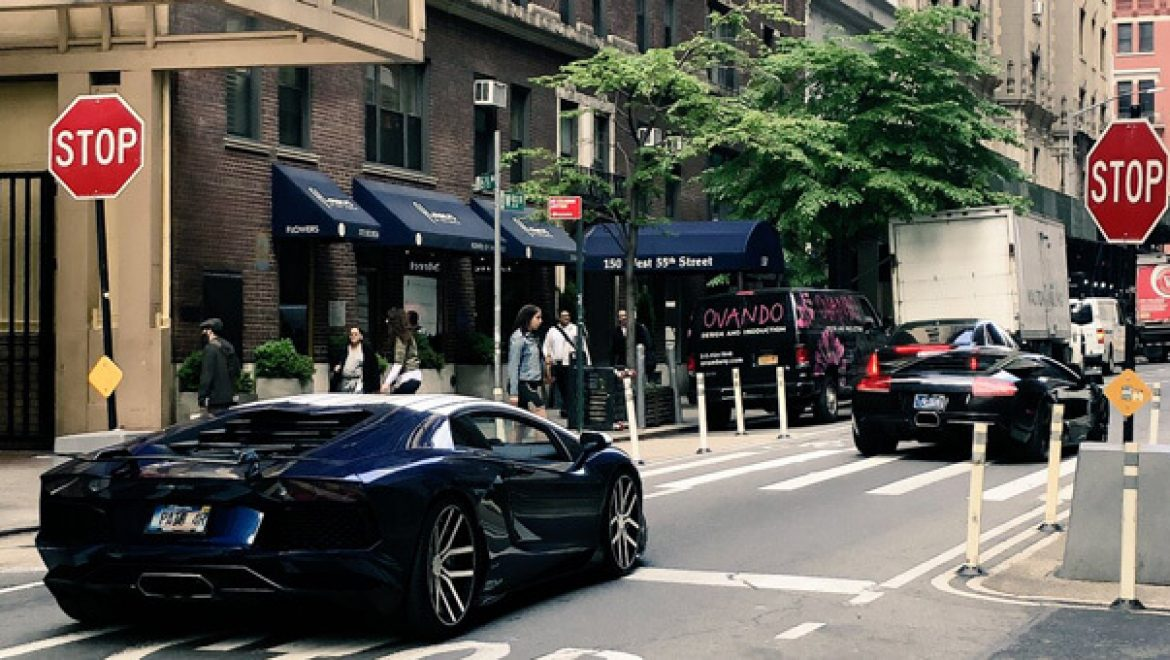 Lamborghinis, long lines welcome crypto fans at Blockchain Week